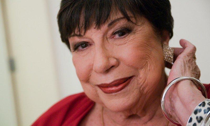 Morre aos 90 anos, Inezita Barroso