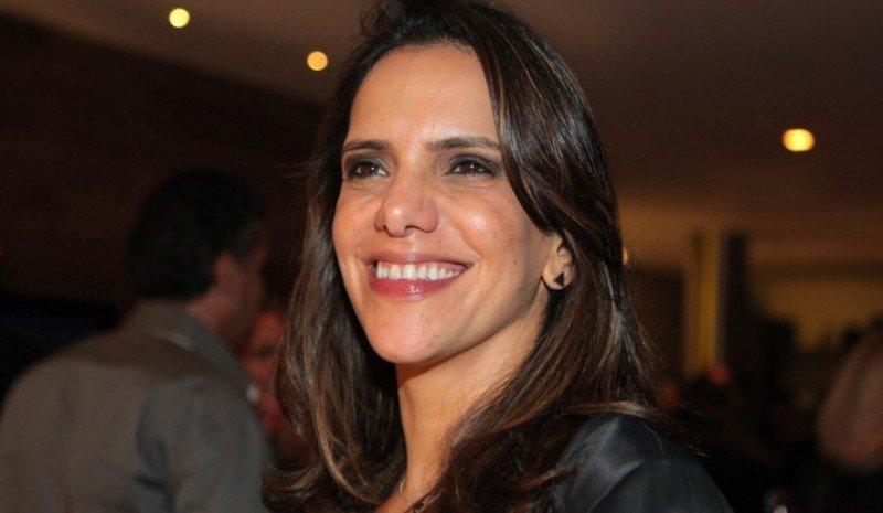 """Virna Dias: """"Sonhava em ser modelo de passarela"""""""