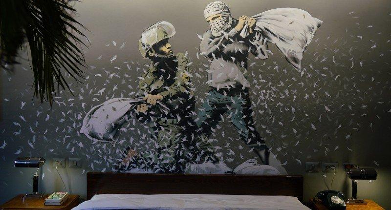 Banksy inaugura hotel na Cisjordânia