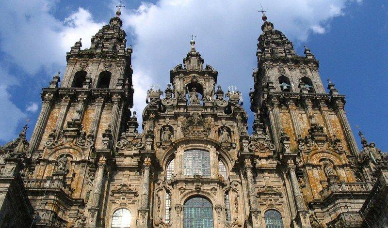 Caminhos da fé: Conheça cinco cidades famosas pelo turismo religioso