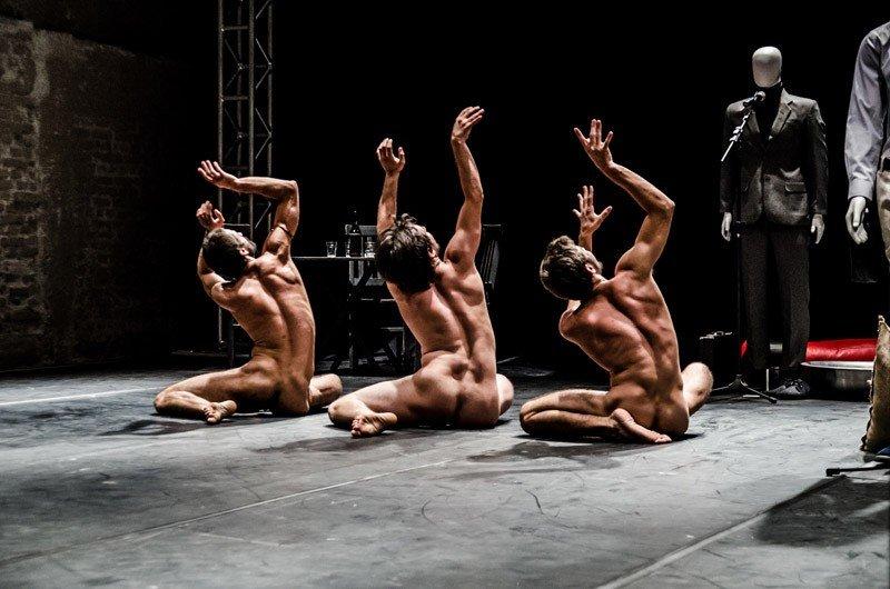 Espetáculo de dança [H3O]mens investiga o corpo masculino