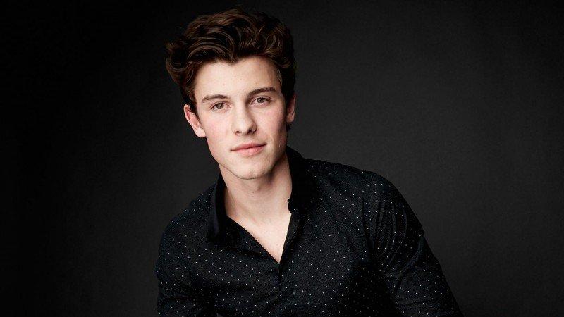 """Shawn Mendes mostra o poder da juventude no clipe de """"Youth"""""""