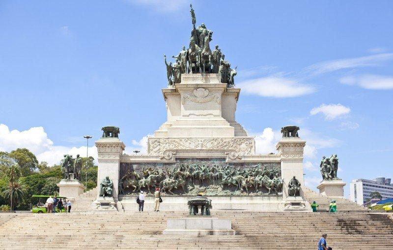 Faça um tour pelas catacumbas de São Paulo