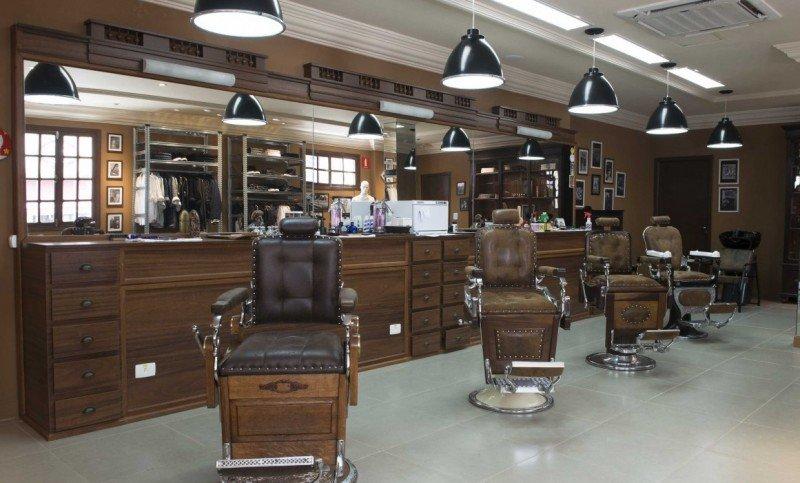 Cavalera inaugura barbearia no Bixiga