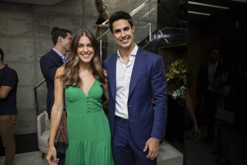Angela Munhoz e Dr. Rafael Pessanha