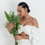 """Jéssica Ellen foca na religião em seu novo álbum """"Macumbeira"""""""