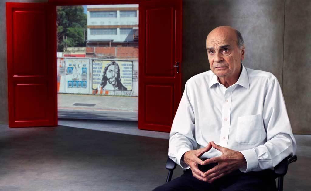 Documentário sobre HIV e AIDS é disponibilizado para escolas e abre debate para jovens sobre a infecção no Brasil