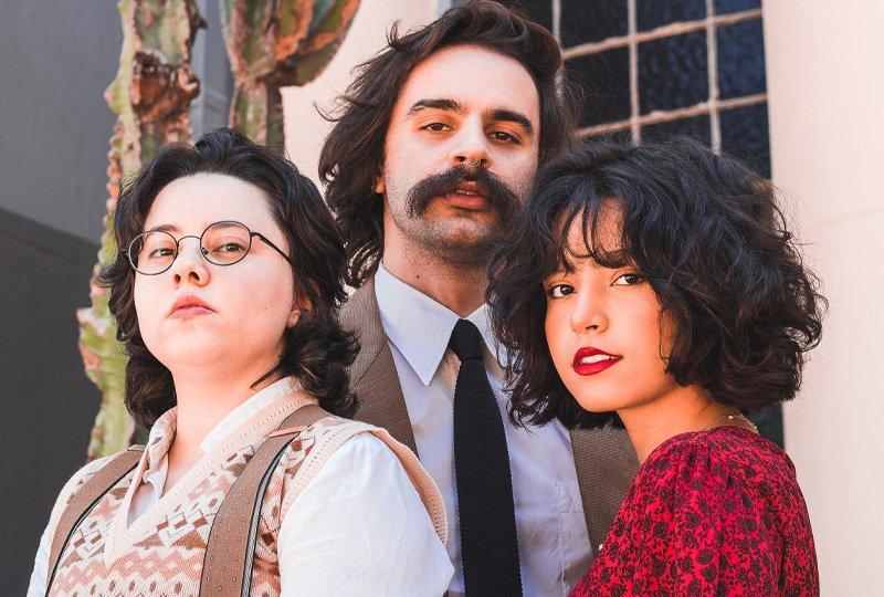 "RODRIGO ALARCON, ANA MULLER E MARIANA FROES REFLETEM SOBRE A VIDA NO SINGLE ""PASSAGEIRO"""