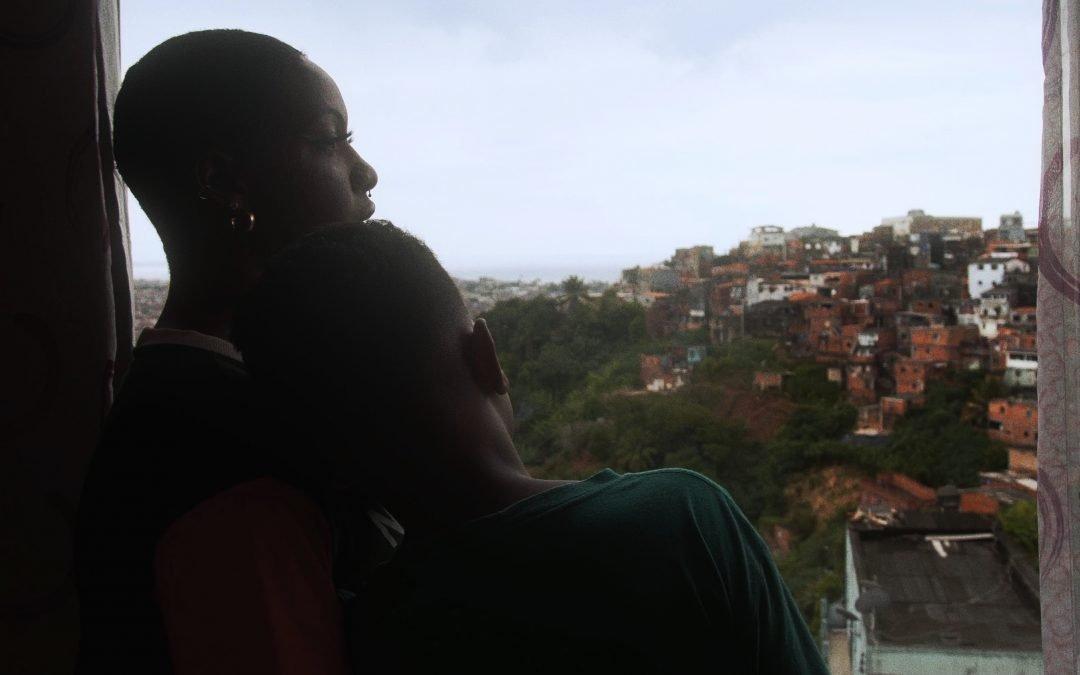 """SER MÃE SOLO NO PAÍS DA """"TRADICIONAL FAMÍLIA BRASILEIRA"""" É RESISTÊNCIA"""