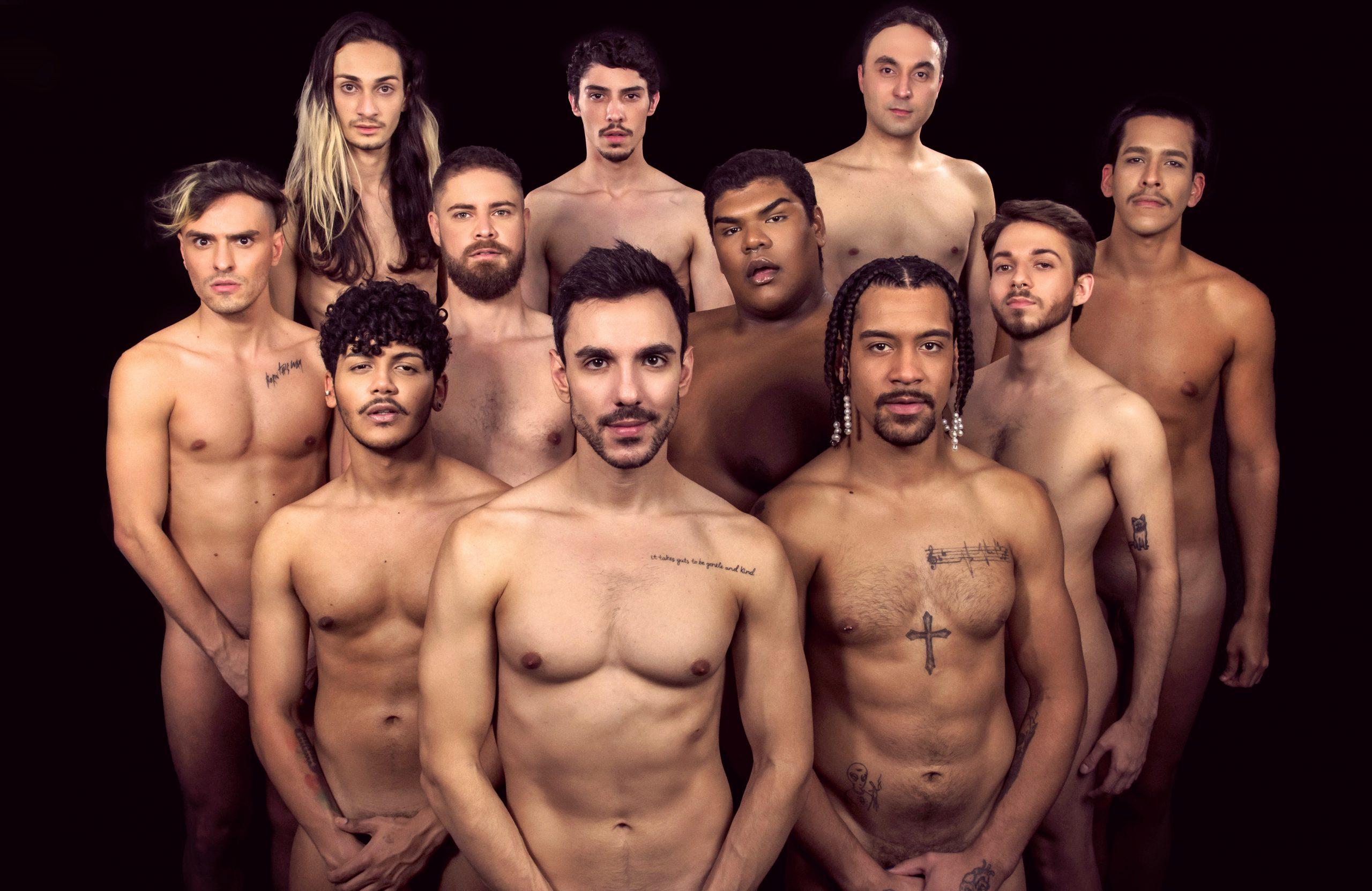 """TABU EM TORNO DA NUDEZ MASCULINA GANHA DESTAQUE NO MUSICAL """"NAKED BOYS SINGING"""""""